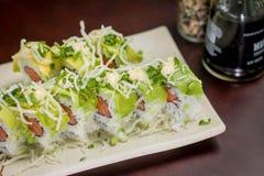 Ιαπωνικός ρόλος αβοκάντο τροφίμων Στοκ Φωτογραφίες