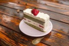 Ιαπωνικό κέικ φραουλών Matcha Στοκ εικόνα με δικαίωμα ελεύθερης χρήσης