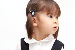 Ιαπωνικό κορίτσι στο επίσημο σχεδιάγραμμα ένδυσης Στοκ Εικόνα