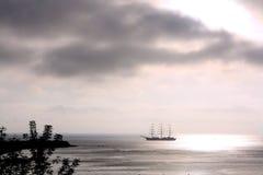 ιαπωνικό πλέοντας σκάφος &t Στοκ Φωτογραφία