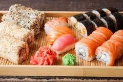 Ιαπωνικό σύνολο σουσιών Στοκ φωτογραφία με δικαίωμα ελεύθερης χρήσης