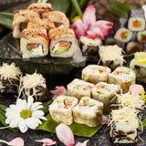 Ιαπωνικό σύνολο σουσιών Στοκ εικόνα με δικαίωμα ελεύθερης χρήσης