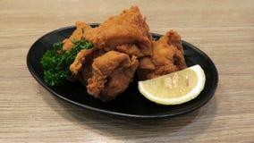 Ιαπωνικό τριζάτο τηγανισμένο κοτόπουλο Kara-ηλικίας Στοκ εικόνες με δικαίωμα ελεύθερης χρήσης