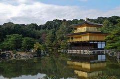Ιαπωνικό χρυσό περίπτερο Kinkakuji το φθινόπωρο Κιότο Ιαπωνία Στοκ φωτογραφίες με δικαίωμα ελεύθερης χρήσης