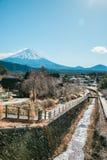 Ιαπωνικό χωριό κοντά στο βουνό Φούτζι Στοκ Φωτογραφία