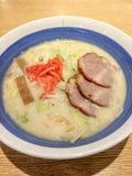 Ιαπωνικό Ramen με το ψημένο στη σχάρα χοιρινό κρέας στοκ εικόνες με δικαίωμα ελεύθερης χρήσης