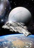 Διαστημόπλοιο και αλλοδαπό φεγγάρι Στοκ Φωτογραφίες