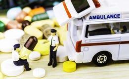 Ιατρική ή κάψες Συνταγή φαρμάκων για το φάρμακο επεξεργασίας Φαρμακευτικό φάρμακο, θεραπεία στο εμπορευματοκιβώτιο για την υγεία  Στοκ Φωτογραφίες
