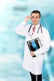 ιατρική ακτίνα Χ εικόνας γιατρών φιλική Στοκ φωτογραφία με δικαίωμα ελεύθερης χρήσης