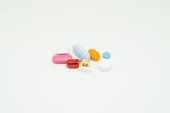 Ιατρική στην άσπρη ανασκόπηση Στοκ Εικόνες