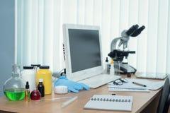 Ιατρική φαρμακείο φαρμακολογία στοκ φωτογραφίες