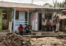 Ιατρική φροντίδα στις τρώγλες Mukuru στοκ εικόνα με δικαίωμα ελεύθερης χρήσης