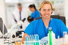Ιατρικό εργαστήριο ερευνητών Στοκ φωτογραφία με δικαίωμα ελεύθερης χρήσης