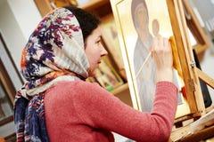 Διαδικασία ζωγραφικής εικονιδίων Στοκ φωτογραφία με δικαίωμα ελεύθερης χρήσης