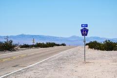 Διαδρομή 66, κοντά σε Chambless, Καλιφόρνια Στοκ εικόνες με δικαίωμα ελεύθερης χρήσης
