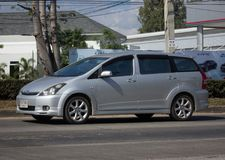 Ιδιωτικό αυτοκίνητο MPV, επιθυμία της Toyota στοκ εικόνες με δικαίωμα ελεύθερης χρήσης