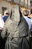 Ιερή εβδομάδα στη Σεβίλη, μαύρο nazarene, Ανδαλουσία, Ισπανία στοκ εικόνα με δικαίωμα ελεύθερης χρήσης