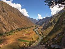 ιερή κοιλάδα του Περού Μεταξύ Urubamba και Ollantaytambo στοκ εικόνες