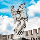 Ιερός άγγελος με στη γέφυρα Άγιος Angelo, Ρώμη, Ιταλία Στοκ Εικόνες