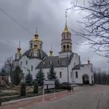 Ιερός καθεδρικός ναός τριάδας σε Kramatorsk, νεφελώδης ημέρα, Μάρτιος στοκ εικόνα με δικαίωμα ελεύθερης χρήσης