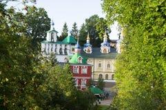 Ιερό μοναστήρι Pskov-σπηλιών Dormition στοκ φωτογραφίες