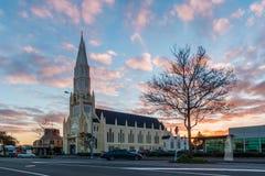 Ιησούς Looking στην εκκλησία Στοκ φωτογραφίες με δικαίωμα ελεύθερης χρήσης