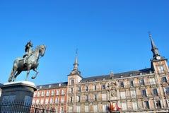 ΙΙΙ βασιλιάς Μαδρίτη άγαλμα plaza δημάρχου Philips Στοκ εικόνες με δικαίωμα ελεύθερης χρήσης