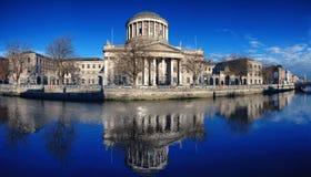 δικαστήρια Δουβλίνο τέσ&sig στοκ φωτογραφία με δικαίωμα ελεύθερης χρήσης