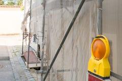 Ικρίωμα σε ένα παλαιό σπίτι για την ανακαίνιση Στοκ Εικόνες