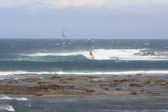 Ικτίνος surfer και αέρας surfer Στοκ εικόνες με δικαίωμα ελεύθερης χρήσης