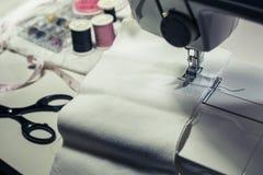 Ιματισμός ραφτών και diy ιδέες έννοιας με το εργαλείο, εξοπλισμός Στοκ Εικόνες