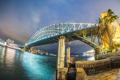 λιμενική νύχτα Σύδνεϋ γεφυρών της Αυστραλίας Στοκ Εικόνα