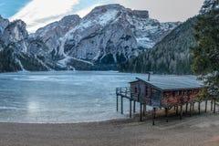 λιμνών wildsee του Tirol βουνών pragser νότιο Στοκ εικόνες με δικαίωμα ελεύθερης χρήσης