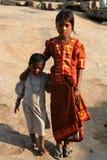 ινδικές αδελφές στοκ φωτογραφία με δικαίωμα ελεύθερης χρήσης