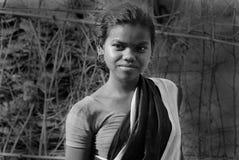 ινδική του χωριού γυναίκ&alph Στοκ φωτογραφία με δικαίωμα ελεύθερης χρήσης