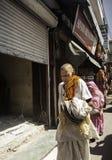 Ινδικός κύριος στο παραδοσιακό φόρεμα Στοκ Εικόνα