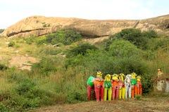 Ινδικός του χωριού Θεός των αγαλμάτων αλόγων σε έναν του χωριού ναό σύνθετο Στοκ Εικόνες