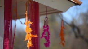 Ινδικό γαμήλιο παραδοσιακό floral ντεκόρ απόθεμα βίντεο