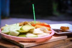 Ινδονησιακό παραδοσιακό πρόχειρο φαγητό, manis Rujak: Ινδονησιακή ορθογραφία, έκδοση 3 Στοκ φωτογραφία με δικαίωμα ελεύθερης χρήσης