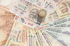 Ινδικά χαρτονομίσματα και νομίσματα ρουπίων νομίσματος Στοκ εικόνες με δικαίωμα ελεύθερης χρήσης