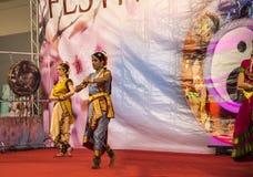 Ινδικοί χορευτές στο φεστιβάλ της Ανατολής στη Ρώμη Ιταλία Στοκ Φωτογραφία