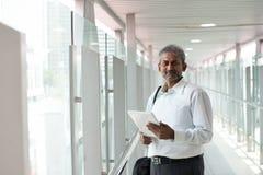 Ινδικός επιχειρηματίας υπαίθριος Στοκ Φωτογραφία