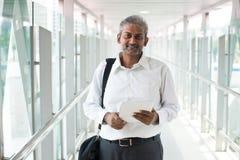 Ινδικός επιχειρηματίας υπαίθριος Στοκ Εικόνες