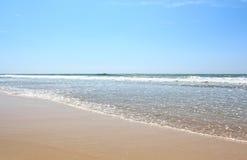 Ινδικός Ωκεανός, η άποψη από την παραλία σε Bentota, Σρι Λάνκα Στοκ φωτογραφία με δικαίωμα ελεύθερης χρήσης