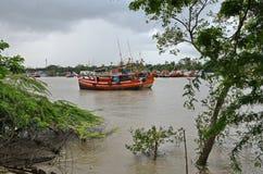 Ινδικό αλιευτικό πλοιάριο στοκ εικόνα