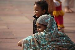 Ινδικό κορίτσι από την πίσω πλευρά Στοκ Εικόνες