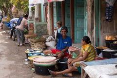 Ινδός στην παραδοσιακή αγορά οδών, Μπαλί στοκ φωτογραφίες