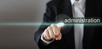 διοικητές Συμπίεση χεριών επιχειρηματία στοκ εικόνα με δικαίωμα ελεύθερης χρήσης
