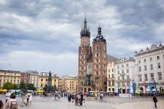 10 Ιουλίου 2017 - Κρακοβία, Πολωνία - παλαιό κέντρο πόλεων, αγορά Squa της Κρακοβίας Στοκ Εικόνες