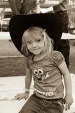 22 Ιουλίου 2017 NORWOOD ΚΟΛΟΡΆΝΤΟ - λίγο cowgirl στο ροντέο λεκανών SAN Miguel, κομητεία SAN Miguel Δράση, Κολοράντο Στοκ Φωτογραφίες